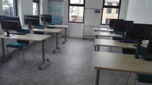 Salle Cupertino en Classroom et équipée